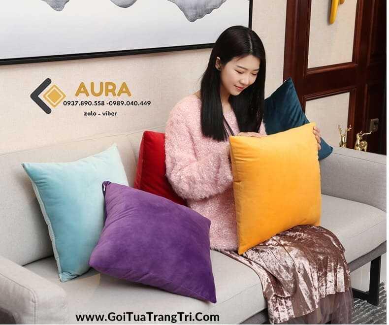 Lợi Ích Thiết Thực Của Gối Tựa Sofa Mang Lại Cho Bạn